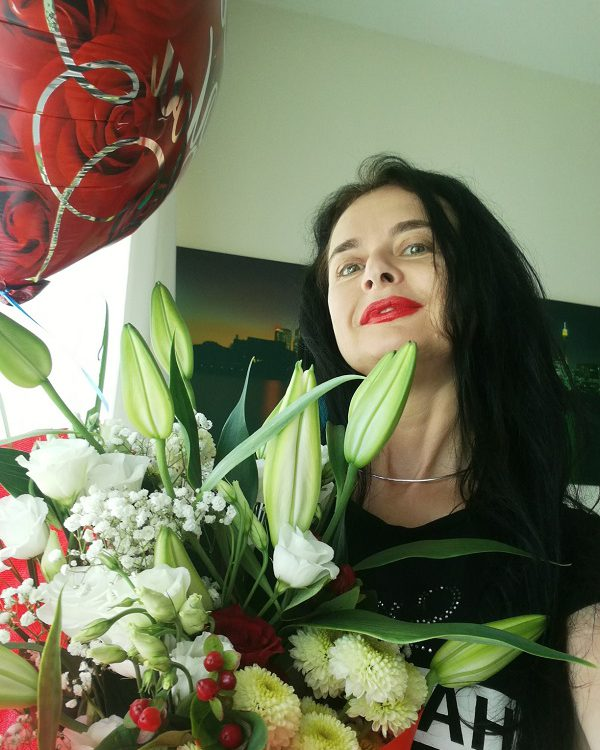 Valentine's day 2019 of dubai mistress dinah