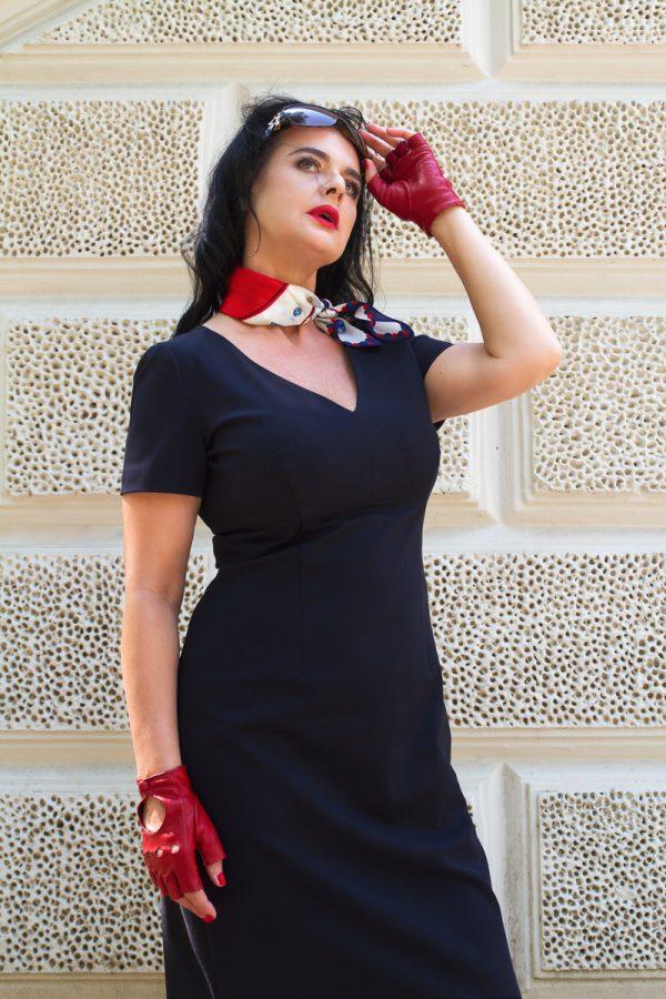 dominatrix dinah classy mistress