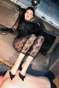 dominatrix dinah foot stool