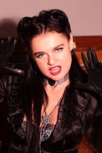 dominatrix dinah wild mistress