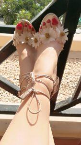 dubai mistress feet flowers