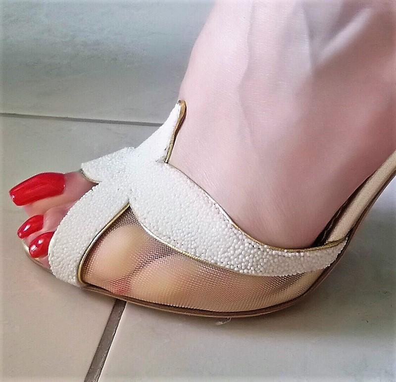 mistress dubai long toenails